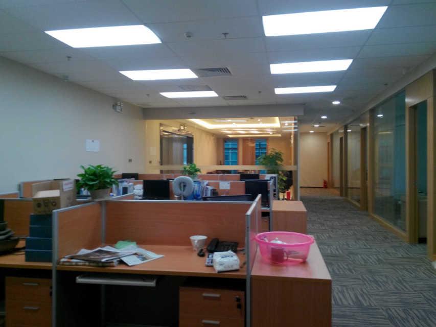 中华室内设计网 作品中心 公共空间 办公空间 > 深圳市建励业装饰工程