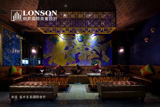 欧式宫廷风格包房设计,其空间宽敞华丽,豪华气派,天花,角线,背景墙等