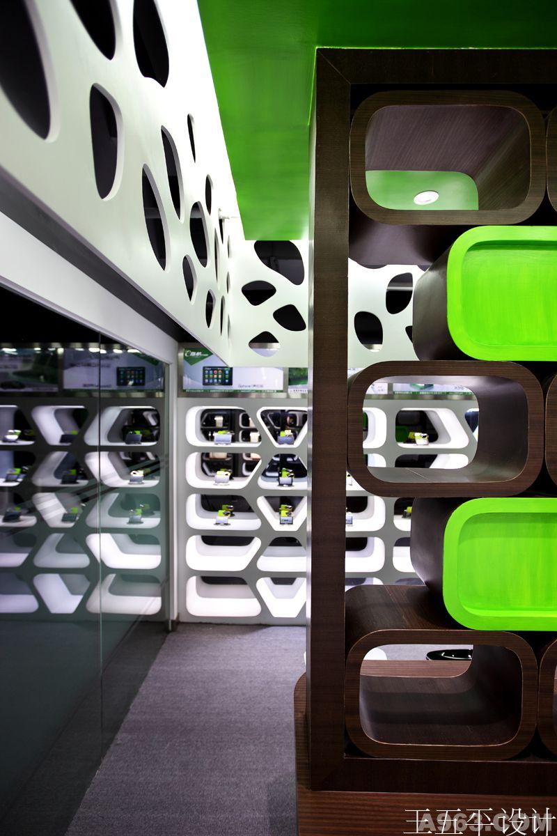 香港华锋实业e路航产品展厅设计