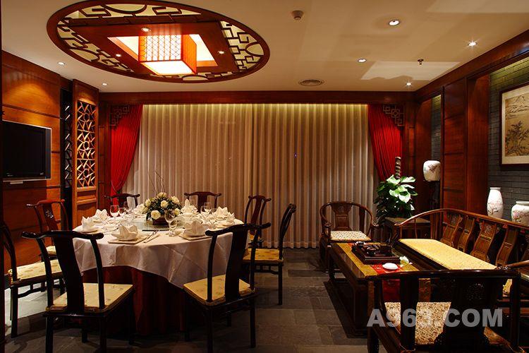 深圳自己人家宴餐厅设计