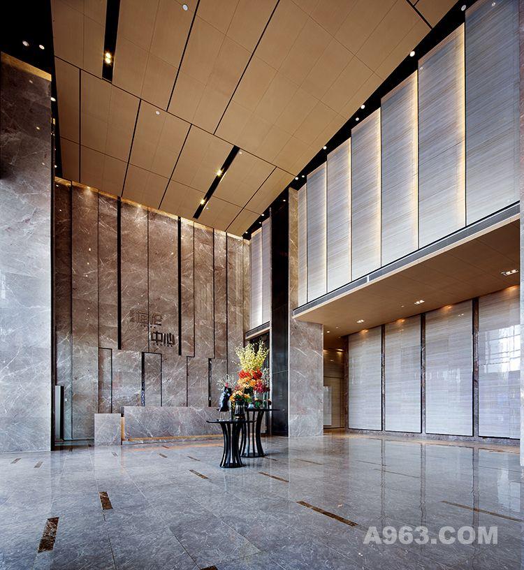 图一:昆明海伦中心销售中心设计-大堂设计