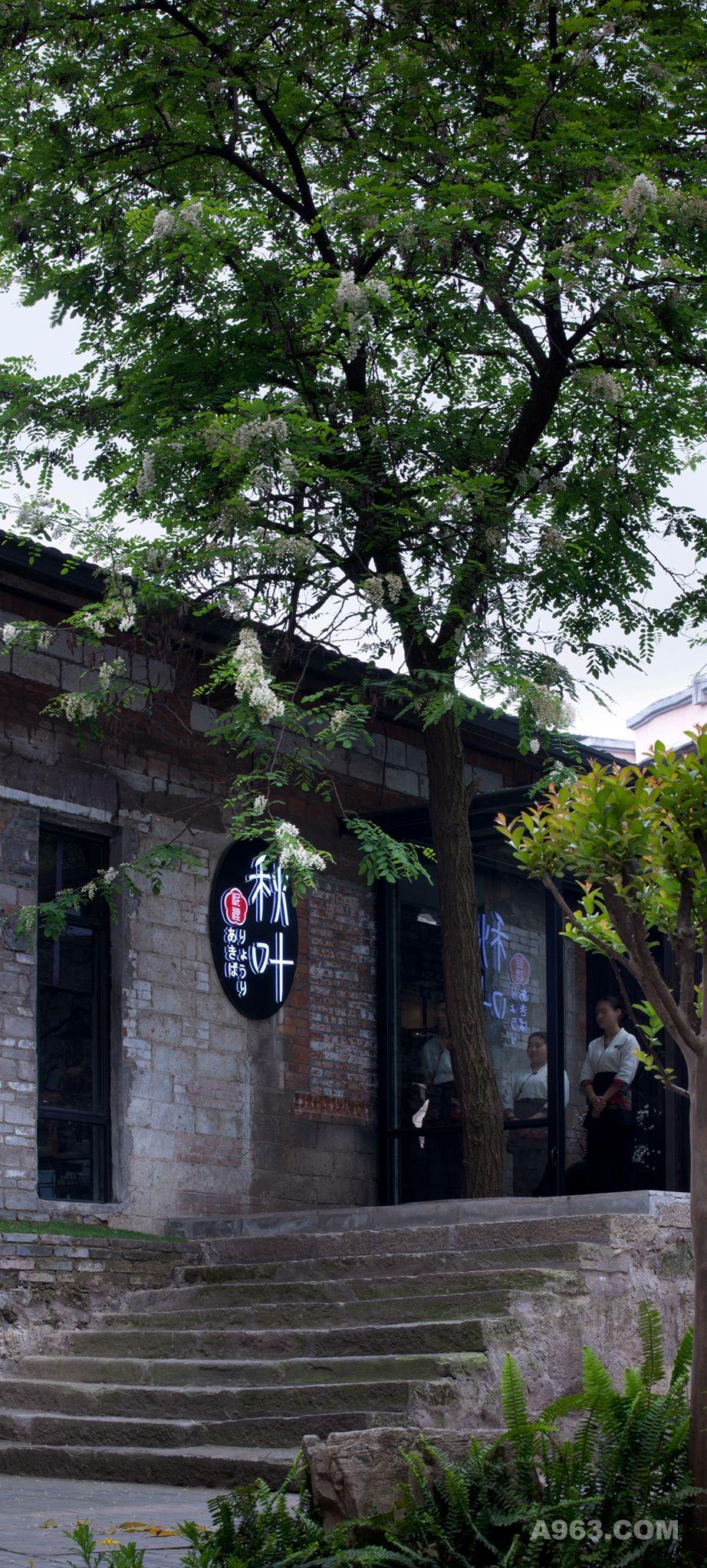 (3)餐厅入口